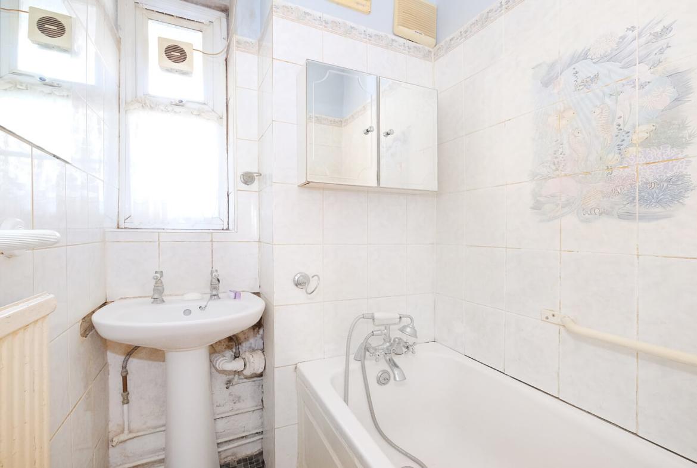 2 Bedroom Flat For Sale Hackney London E9 7bn
